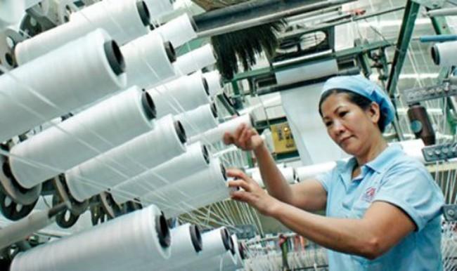 Kêu trời vì vải siêu rẻ chỉ 6.000 đồng/mét