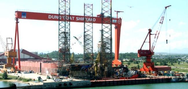 Phá sản nhà máy đóng tàu Dung Quất, PVN chấp nhận mất hàng nghìn tỷ đồng?