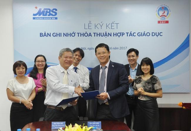 MBS ký hợp tác thường niên về giáo dục với Viện Ngân hàng – Tài chính, Đại học Kinh tế Quốc dân