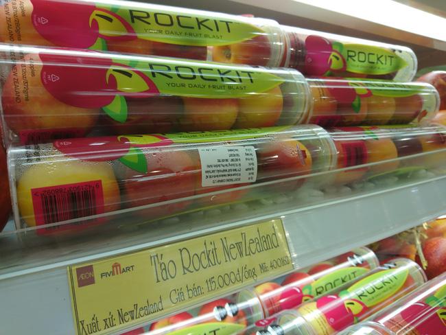 Trái cây Việt Nam thiếu những gì khi cạnh tranh với ống táo lạ của New Zealand?