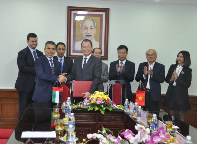 Hợp đồng dài hạn đầu tiên với Trung Đông, TKV xuất gần 1 triệu tấn sản phẩm cho công ty công nghiệp lớn nhất của Các Tiểu vương quốc Ả Rập thống nhất