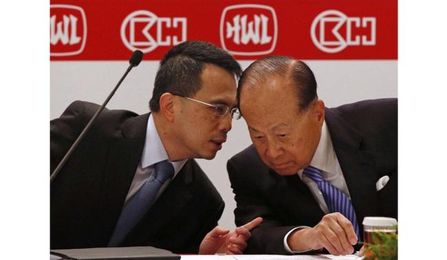 Chân dung thái tử cả của gia tộc giàu nhất Hong Kong, sắp thừa kế cơ ngơi kiểm soát 50 cảng biển trên khắp thế giới