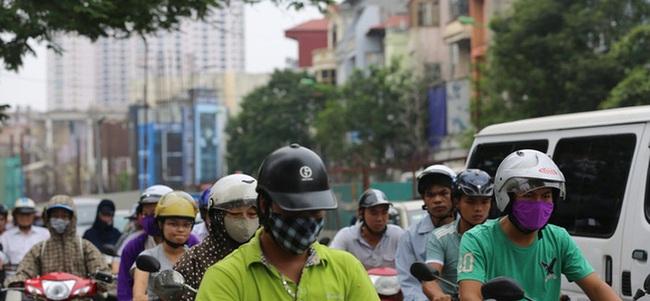 Người dân nói gì về lộ trình hạn chế xe máy ở Hà Nội?