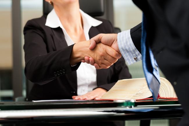 Đầu tư Vinataba quyết định bán hết cổ phiếu chứng khoán Nhất Việt với giá 8.500 đồng/cp