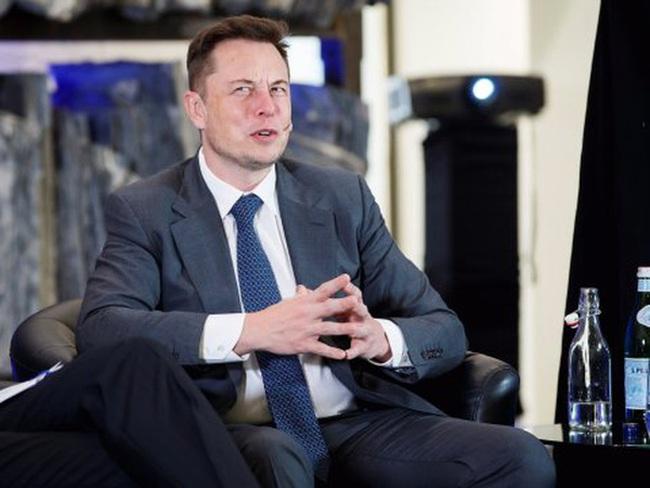 """Elon Musk cực kì """"phũ"""", nhưng điều đó giúp ông tránh lãng phí thời gian trong các cuộc họp"""