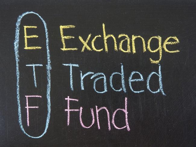 Rồng Việt dự báo danh mục ETF: FTSE thêm mới PLX, VNM không thay đổi