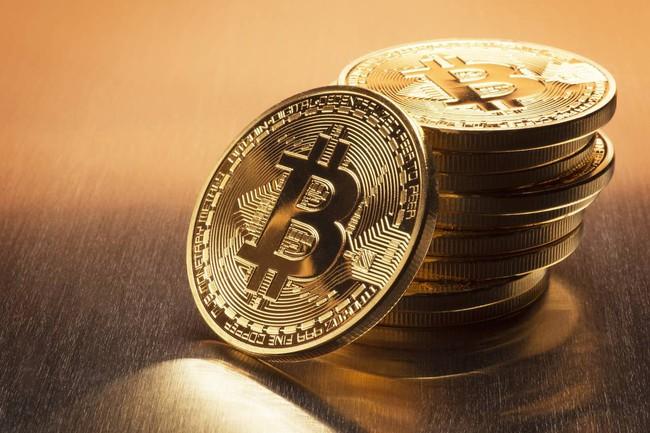 Giá bitcoin tăng lên 12.500 USD