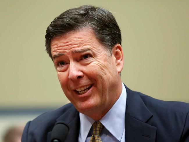 Giám đốc FBI biết tin bị sa thải qua… truyền hình và tưởng đó là trò đùa