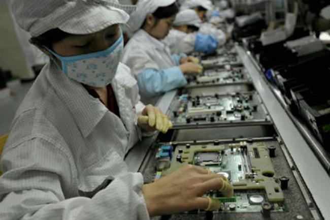 Vì sao công xưởng smartphone thế giới không thể thu hút Apple sản xuất iPhone?