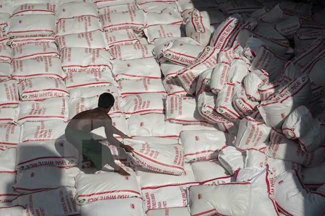 """Thái Lan quyết """"giải phóng"""" hoàn toàn kho dự trữ gạo trong năm 2017"""