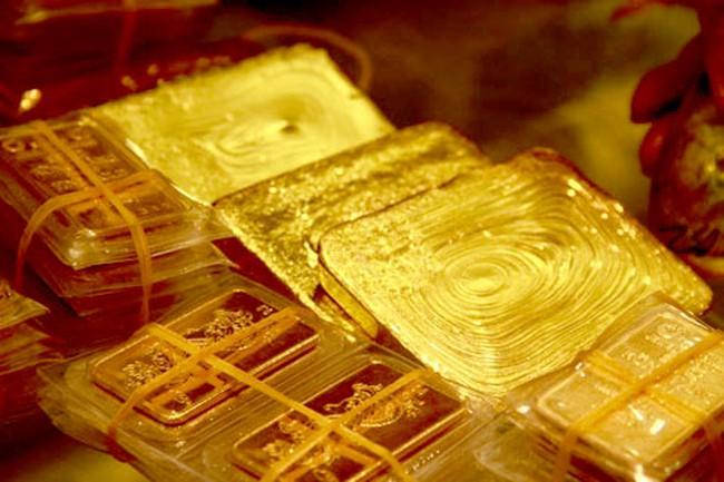 Giá vàng giảm sâu về dưới ngưỡng 37 triệu đồng/lượng