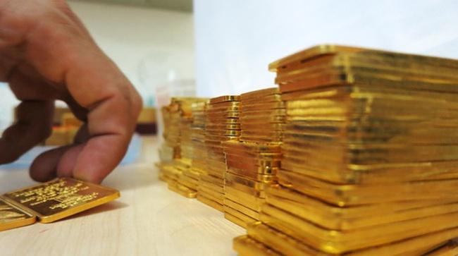 Giá vàng biến động khó lường