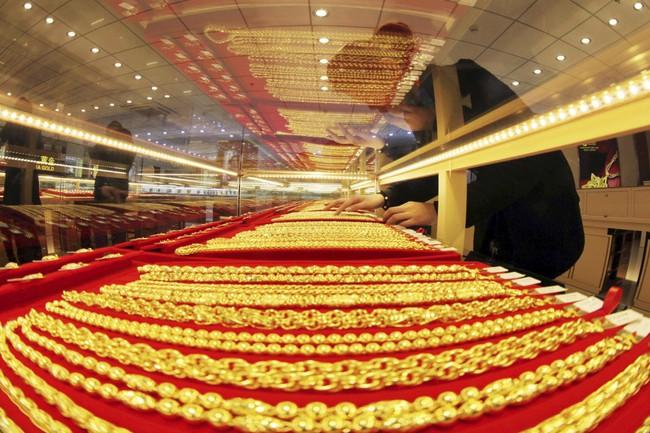 Giá vàng quay đầu tăng nhẹ