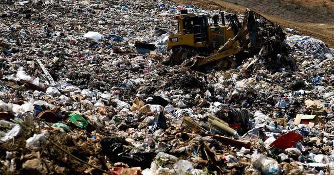 Anh chàng vô tình ném 127 triệu USD bitcoin vào thùng rác trong lúc dọn nhà và cái kết bất ngờ