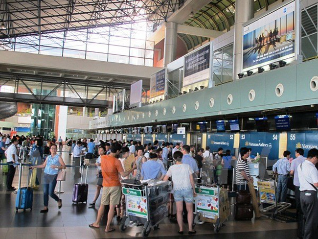 Cục Hàng không: Giá vé máy bay chưa 'thổi cao' đến mức kịch trần
