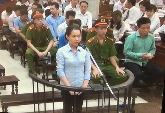 Luật sư: Đề nghị xem xét cho bị cáo Thu Ba vì chỉ là người làm công ăn lương, không đồng phạm với Nguyễn Minh Thu - ảnh 1