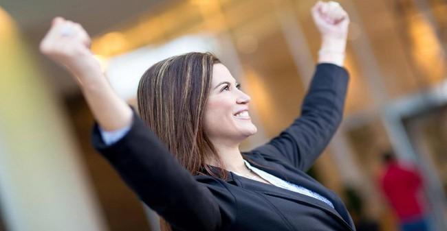 Muốn làm việc hiệu quả dù công việc bù đầu? Hãy học 7 mẹo làm việc cực thông minh của những phụ nữ là lãnh đạo thung lũng Silicon này