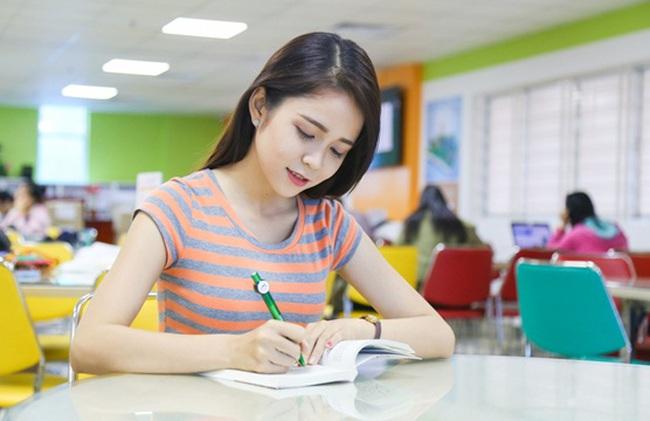 Đề án tuyển sinh Đại học chính quy 2017 dự kiến của UEF