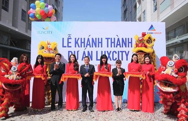 Tập đoàn Đất Xanh khánh thành và bàn giao nhà dự án Luxcity
