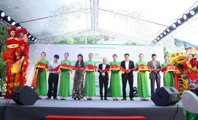 Việt Hương khánh thành nhà máy đạt chuẩn C-GMP