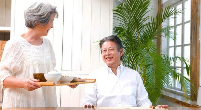 Học cách người Nhật phòng bệnh đột quỵ khi thời tiết giao mùa