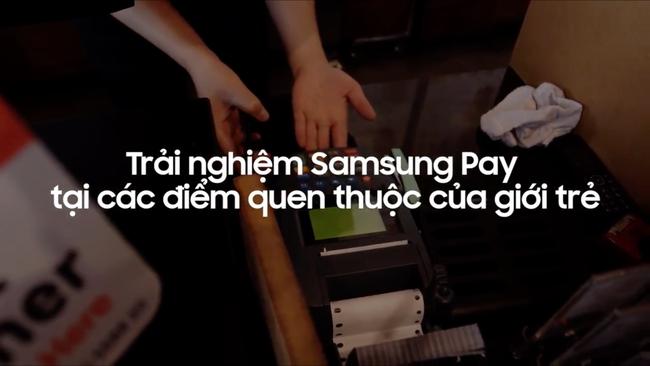 Samsung Pay đã giúp chúng tôi mua vé phim, uống cà phê và mua sắm dễ như thế nào?