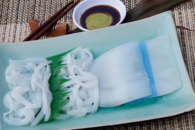 """Doanh nghiệp sushi Việt Nam """"lọt mắt xanh"""" Tập đoàn Sushi lớn nhất Nhật Bản"""