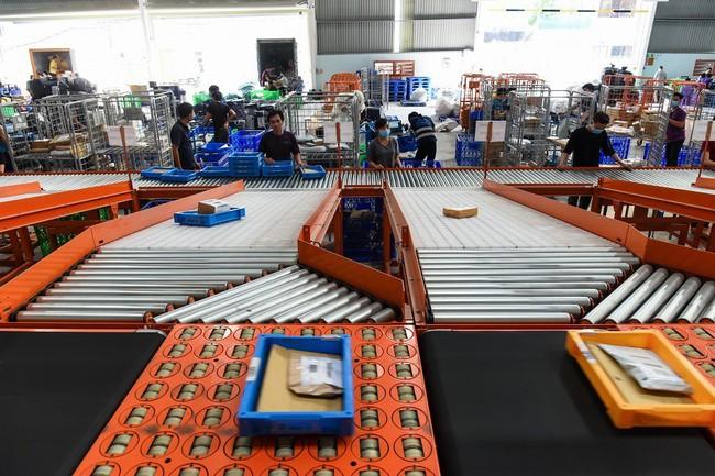 Lazada có hệ thống phân loại hàng hóa tự động đầu tiên tại Việt Nam