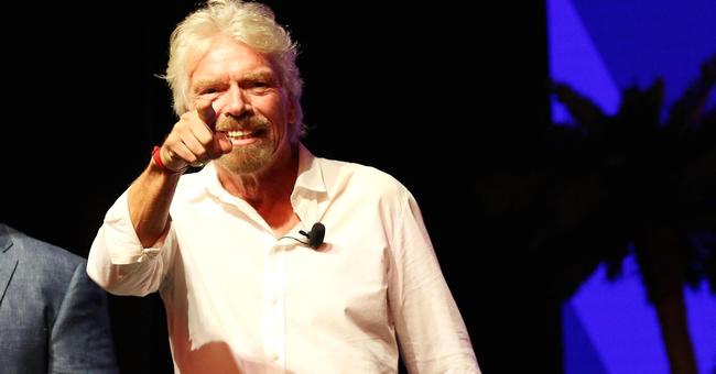 """""""Tỷ phú lập dị"""" Richard Branson tiết lộ bí mật làm nên công ty 8 tỷ đô: Mọi ý tưởng thu bé lại vừa bằng cuốn sổ tay nhỏ"""