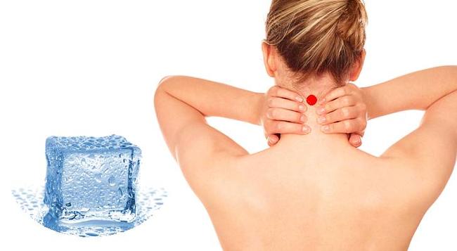 Điều kỳ diệu xảy ra với cơ thể khi bạn đặt một viên đá lạnh sau gáy