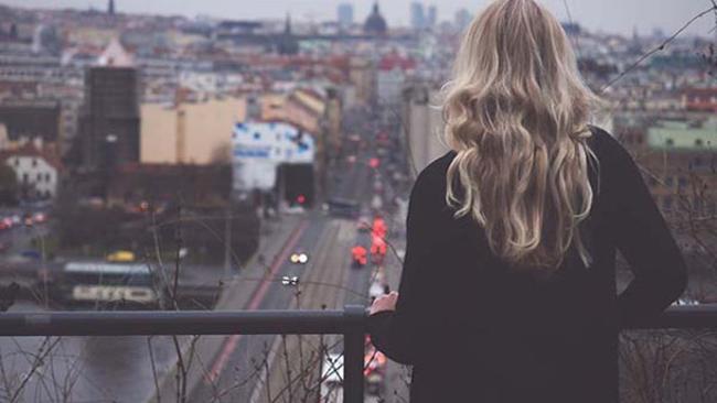"""Ai cũng mơ ước một cuộc sống không đau buồn, nhưng chính sự """"đảm bảo"""" quá mức mới là đau khổ thực sự"""