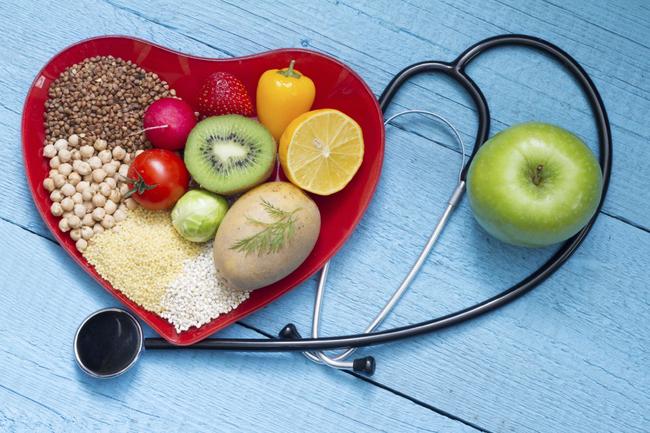 Chuyên gia nội tiết bệnh viện Lão khoa tư vấn cách kiểm soát cholesterol trong máu