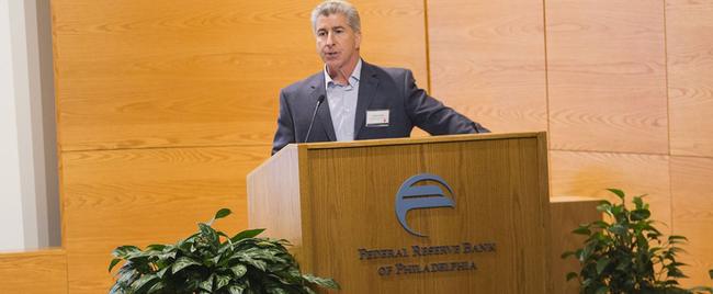 Phó chủ tịch Fed Boston: Fintech sẽ không cướp đi việc làm của chúng ta!
