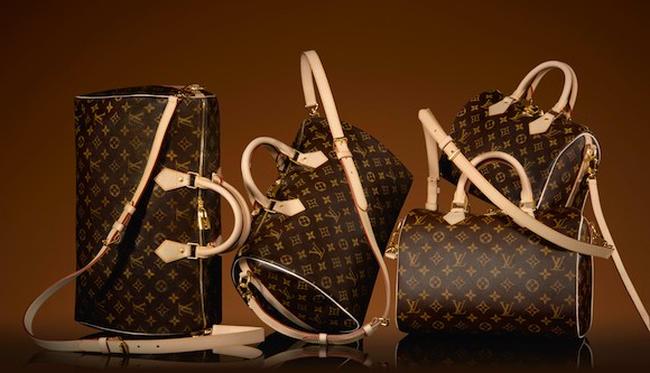 Từ khởi đầu với những chiếc hộp gỗ đến thương hiệu thời trang xa xỉ lừng lẫy của Louis Vuitton