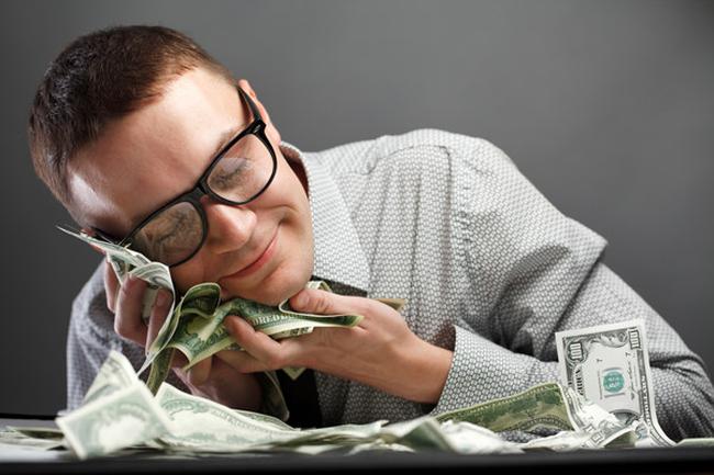 Làm việc ít, đi chơi nhiều, tiền vẫn chảy đều đều vào túi, đâu là bí quyết của giới nhà giàu?