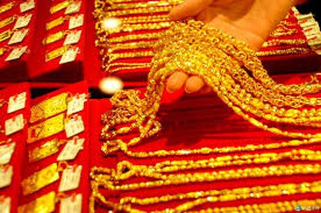 Giá vàng giảm 600 nghìn đồng/lượng trong tuần qua