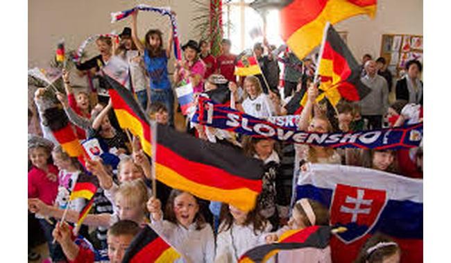 Người Đức giành một nửa số giải Nobel thế giới, bí quyết dạy con của họ có gì đặc biệt?
