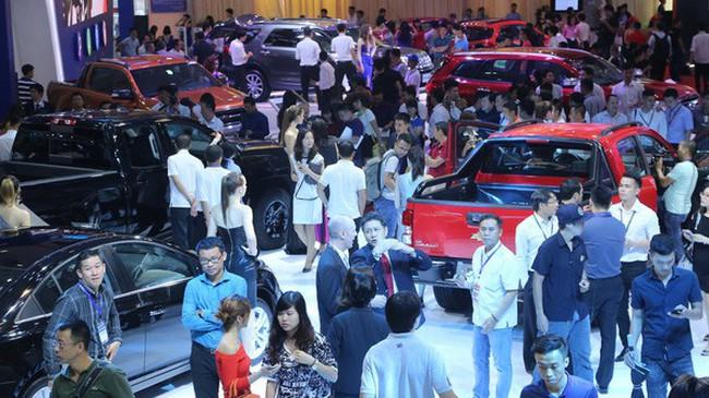 10 ôtô đắt khách nhất Việt Nam tháng 10/2017