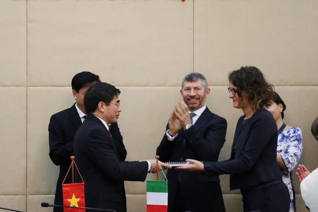 Italia quan tâm đến dự án sân bay Long Thành