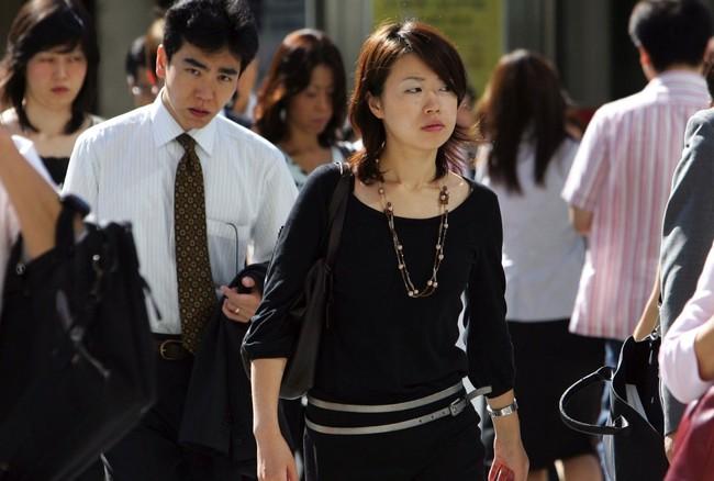 Phụ nữ Nhật Bản ngày càng cho chồng ít tiền tiêu vặt