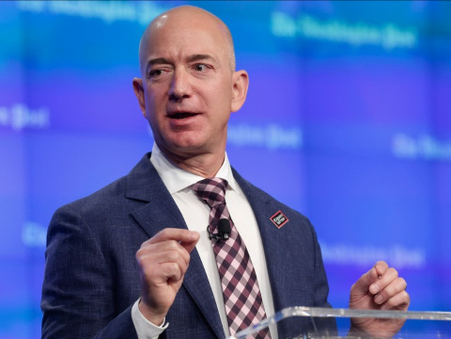 Chỉ 1 cuốn sách đã cứu Amazon khỏi phá sản như thế nào?