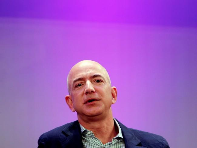 Sở hữu hơn 80 tỷ USD, ông chủ Amazon tiêu tiền ra sao?