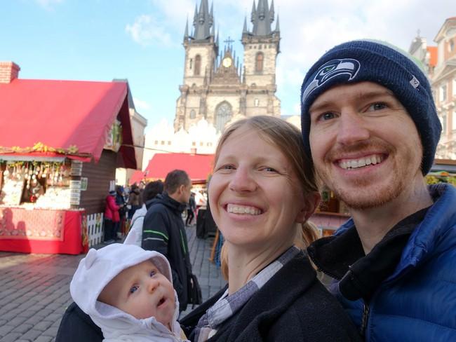 """Lời khuyên của cặp vợ chồng giáo viên kiếm 1 triệu USD sau 8 năm làm việc và quyết định """"về hưu non"""" để đi du lịch vòng quanh thế giới"""