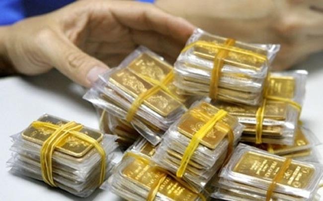 Nhà đầu tư vàng vẫn đứng ngoài thị trường