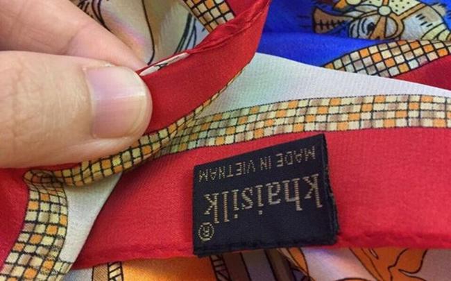Bán khăn Trung Quốc suốt 30 năm, Khaisilk sẽ bị xử lý ra sao?