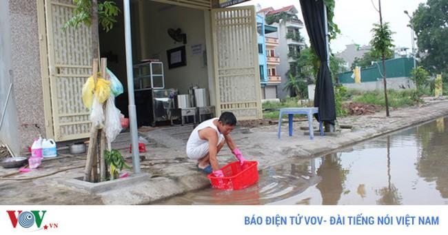 Khu dân cư quanh năm ngập nước giữa Thủ đô