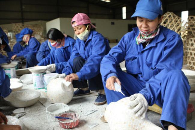 Lao động nữ giảm 10% lương hưu: Sốc và thiệt thòi