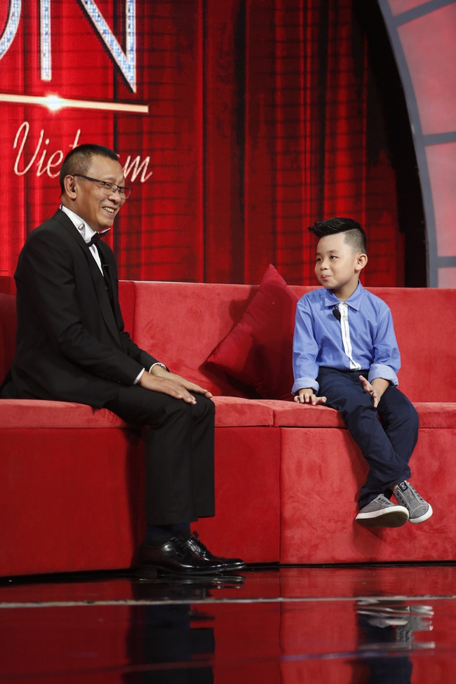 Lại Văn Sâm choáng váng trước cậu bé mới 7 tuổi mà kể vanh vách 50 đời tổng thống Mỹ