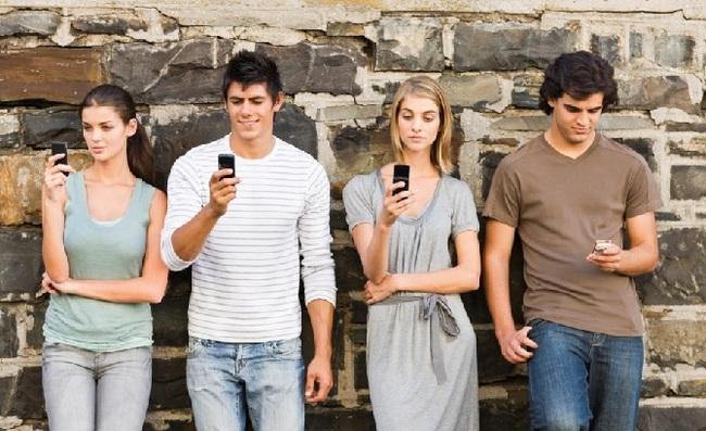 Lối sống của giới trẻ Mỹ: Lười kết hôn, lười sinh con, lười sống tự lập nhưng chăm chỉ làm việc