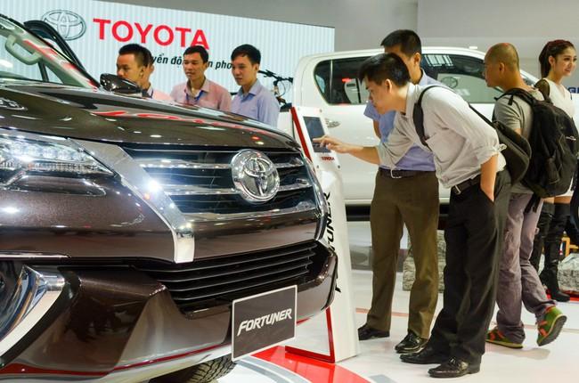 Chờ đến năm 2018 mua ô tô, có thật giá sẽ rẻ?